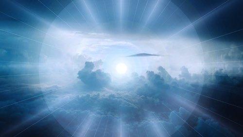 幻想的な太陽の光